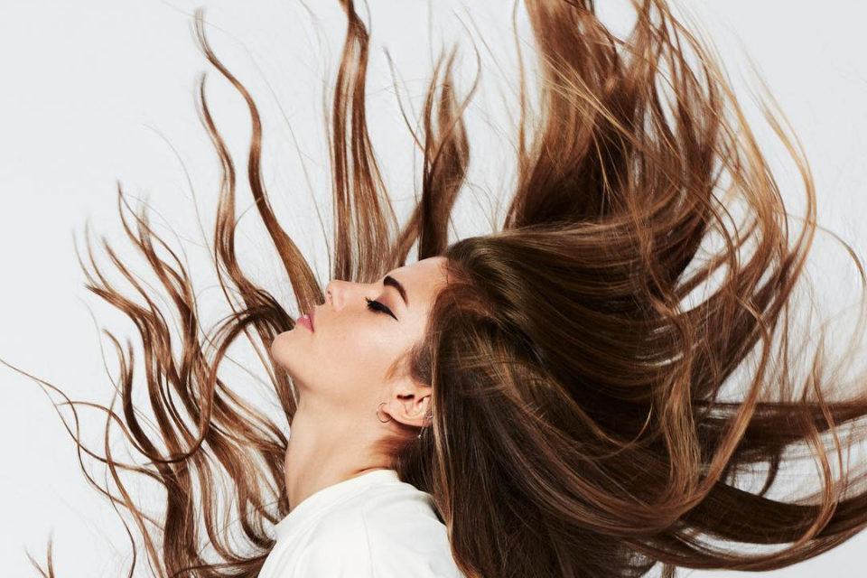 Чому волосся швидко жирніє