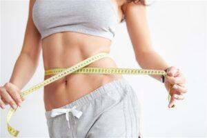 Як прибрати жир з живота в домашніх умовах?